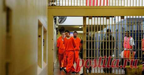 Как отбывают наказание в тюрьмах США Сегодня хочу затронуть тему тюрем в США. Как и в любом другом государстве, в американских тюрьмах отбывают наказание те, кто нарушил ...