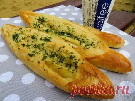 Боснийский чесночный хлеб и пирожков не надо, как это вкусно! Пекарь готовит!
