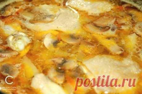 Как приготовить сырно-грибной суп - рецепт, ингредиенты и фотографии