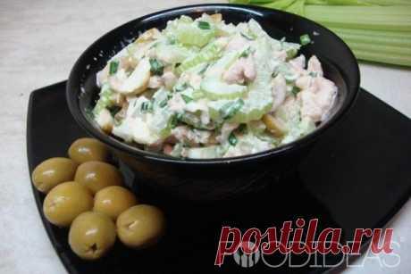 Салат из курицы сельдереем - рецепт приготовления с фото