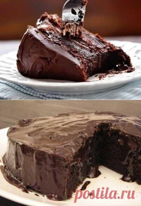 Этот рецепт — находка для любителей сладкого. Такого вкусного шоколадного пирога ты еще не пробовал!