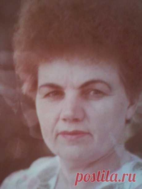Лариса Бузылёва