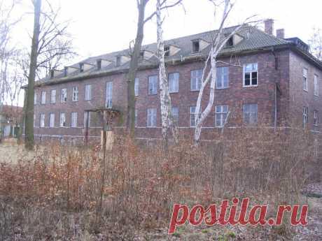 Panoramio - Photo of Unterkunftsgebäude