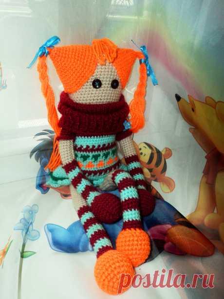 Вязаная шведская куколка. Яркая и необычная куколка.