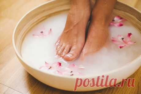 Делаю раз неделю и забот не знаю. Молочных ванночки — снимают усталость в ногах, напряжение и оздоравливают кожу Всем привет друзья, частая проблема многих, это очень сильная усталость в ногах после трудового дня, напряжение, иногда бывает, что ноги даже «крутит» так, что деть … Читай дальше на сайте. Жми подробнее ➡