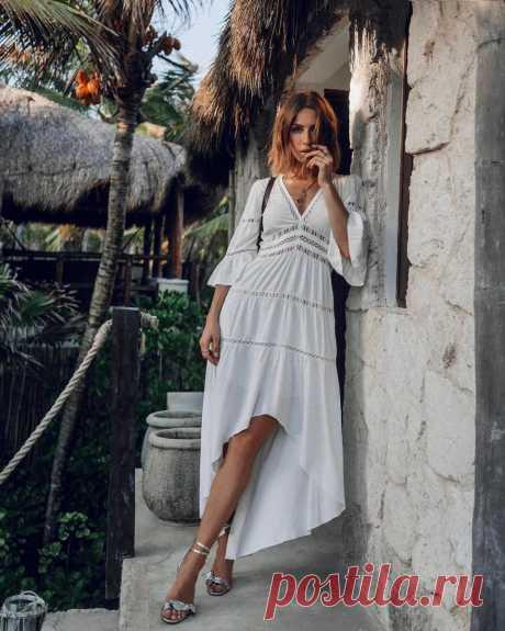 Какие вещи взять в отпуск, чтобы выглядеть самой модной на пляже | Glamour.ru