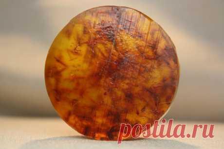 Название:  Мыло ручной работы «Сафлора натуральная»  Материалы:  миндальное масло;   эфирные масла: мандарин; наполнители: лепестки сафлоры.
