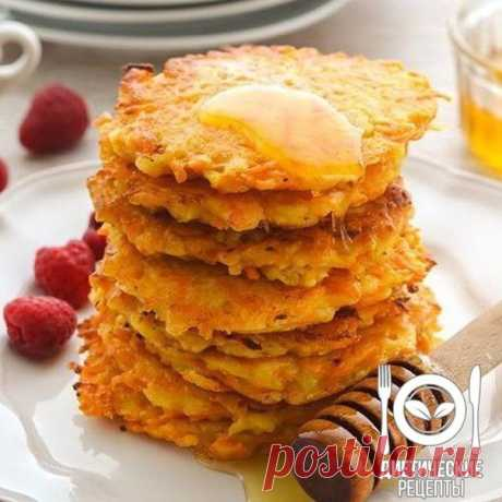 Dietary carrots and apple fritters\u000aon 100 grams - 95.25 kkalb\/zh\/u - 4.88\/3.47\/10.82 \u000a\u000aIngredients: \u000aCarrots – 1 piece\u000aApple – 1 piece\u000aBran – 1 tbsp.\u000aEgg (proteins) – 2 pieces\u000aRaisin – a handful (to taste)\u000aFor the recipe thanks to group Dietary recipes \u000a\u000aPreparation: \u000aTo wash up apple and carrots, carrots to clean, rub them on a large grater.\u000aTo mix apple, carrots, bran, raisin. To pour in 2 proteins.\u000aTo create fritters and to bake in an oven at 180 degrees of 30 minutes.\u000a\u000aBon appetit!