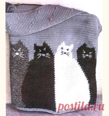 Вязаная сумка-мешок с котами крючком