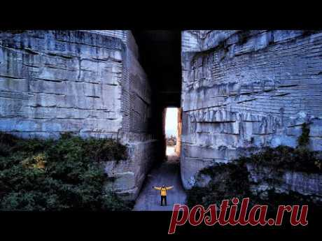 ИНКЕРМАН - место от которого мурашки по коже. Гигантский проход в скале. Крепость КАЛАМИТА.