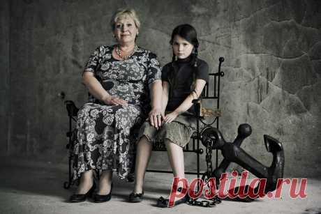Токсичная мать. 7 приемов, которыми она убивает своего ребенка | Психолог Элина Тарутина | Яндекс Дзен