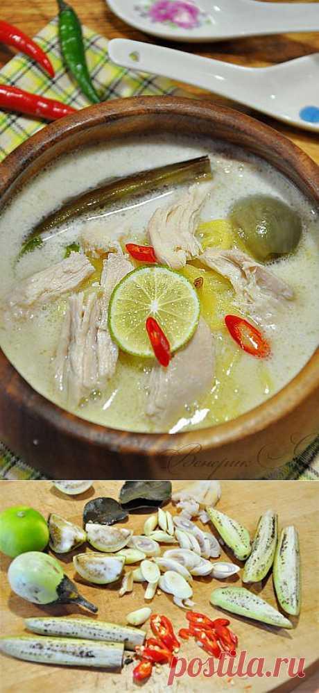 Куриный кокосовый суп с лапшой, в тайском стиле. Очередной интересный рецепт интересного тайского блюда.