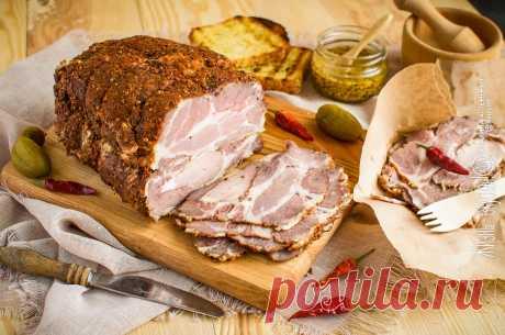 Пастрома из свинины (ошеек) • Жизнь - вкусная! Кулинарный сайт Галины Артеменко Пастрома из свинины - отличный мясной деликатес, который дополнит праздничный стол, а также придется кстати для приготовления ежедневных бутербродов.