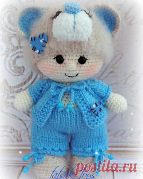 Пупс в костюме мишки Тедди амигуруми. Схемы и описания для вязания игрушек крючком! Бесплатный мастер-класс от Татьяны Соколовой по вязанию пупса в костюме мишки Тедди крючком. Высота вязаной куклы примерно 18 см. При изготовлении игр…