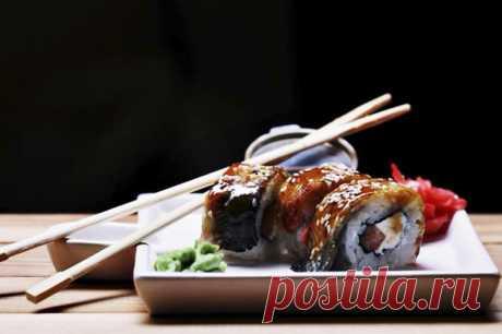 10 главных блюд японской кухни, которые ты обязан попробовать Они добавляют рис даже в десерты.