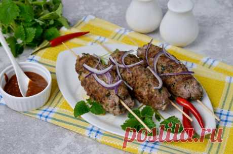 Люля кебаб на сковороде в домашних условиях из фарша рецепт с фото пошагово и видео - 1000.menu