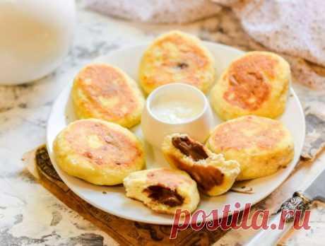 Сырники с бананом и шоколадной начинкой