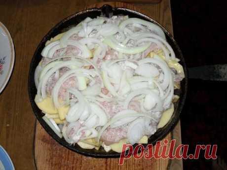 Картошка по-королевски  Ингредиенты:  - 1 кг сырого картофеля Показать полностью…