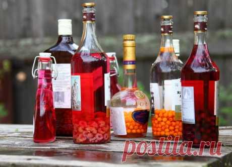 Домашние настойки на спирту – лучшие рецепты    В последнее время все большую популярность набирает такой напиток, как настойка на спирту в домашних условиях. Рецепт ее, передаваемый из поколения в поколение, пожалуй, есть не в каждой семье, и п…