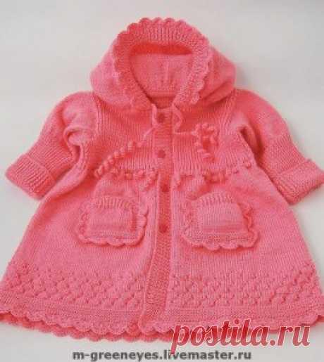 Изумительно красивое пальто для маленькой девочки.