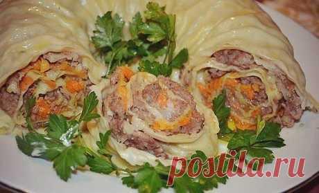 ХАНУМ просто объеденье! Обязательно приготовьте!  Ингредиенты:  Для теста:  · 1 яйцо · 50 - 100 мл воды · 1-2 столовые ложки масла растительного · муки сколько возьмет тесто  Для начинки: · фарш · 2 моркови · 2 головки лука · соль · перец  Приготовление:  Замесить крутое тесто, которому дать отдохнуть, пока готовим начинку.  На крупную терку натираем 2 моркови и 2 головки мелко порезанного лука, слегка обжариваем.  В мясной фарш добавляем специи, соль, можно потереть карто...