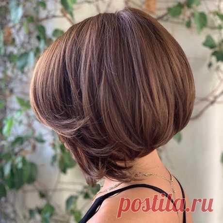 Пишет:krasotka.cc Каждая женщина хочет выглядеть свежей, молодой и привлекательной, даже если она переступила порог 40 лет. Это обычное желание любой Омолаживающие стрижки 2020 для женщин старше 40 лет (+30 фото)   Novuyden.com.