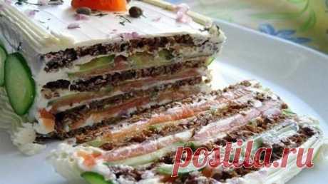 Бутербродный торт. Бутербродный торт.   Бутербродный торт – отличная идея для того, чтобы удивить гостей в самом начале застолья. Это оригинальная альтернатива привычным салатам оливье, цезарям и селедкам под шубой. Ин…