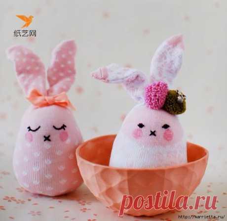 Забавные кролики из носков. Мастер-класс
