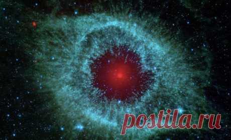 Звезды собираются в бесконечную сферу Ученые НАСА сопоставили данные с нескольких телескопов и пришли к не очевидному выводу. Звезды из шаровых скоплений будто собираются в одну бесконечную