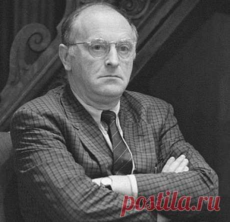 15 мая 1972 года власти потребовали от проживавшего в Ленинграде поэта Иосифа Бродского покинуть СССР / История цивилизаций!
