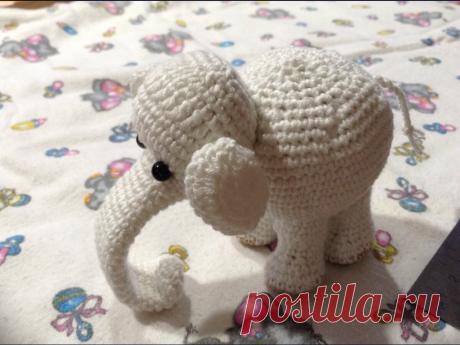 """Вязанная игрушка крючком""""Слон"""" Мой первый опыт изготовления игрушки амигуруми- вылился в целое стадо слонов. Связала внучке, а потом навязала всем в подарок на рождение мальчиков. Среди подруг моей дочери начался бебибум.."""