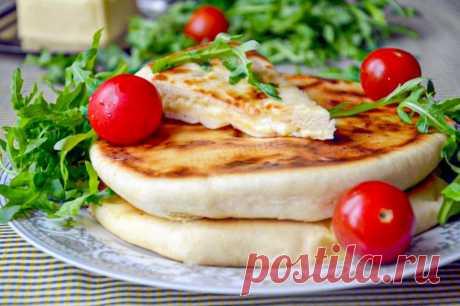 Хачапури с творогом и сыром на сковороде рецепт с фото пошагово - 1000.menu