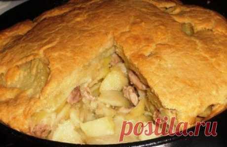 """Ленивый курник    Курник на """"скорую"""" руку, но очень вкусный!))Нам потребуется:-6 средних картофелин-1 луковица-1 окорочок и половинка куриной грудки (можно любое филе курицы, я указала то, из чего я сделала)Для тест…"""