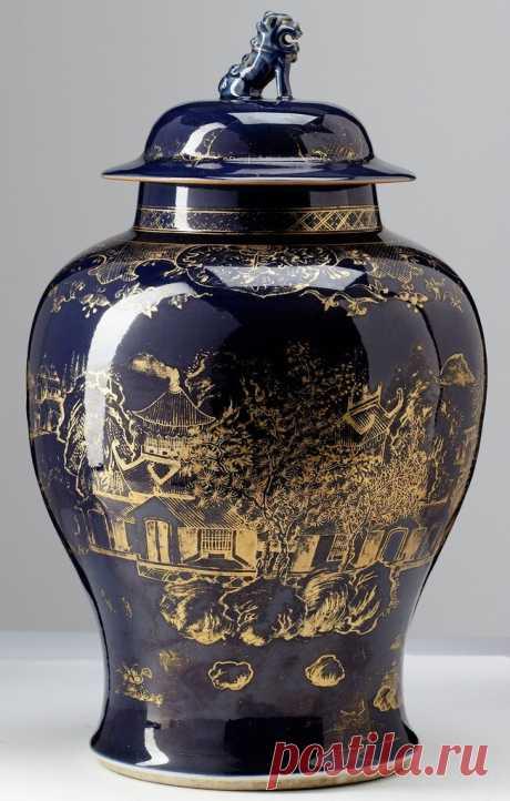 Антикварный китайский фарфор с аукциона.