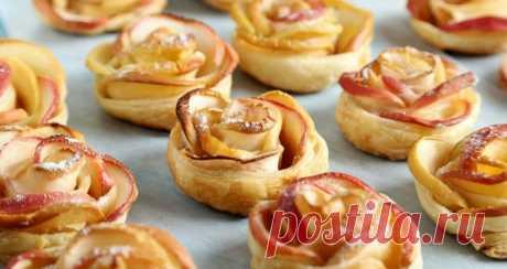 Слоеное тесто с яблоками в духовке. Делаем красивые розочки