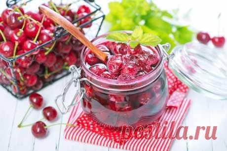 Вишня на зиму, понадобятся лишь ягоды и немного сахара