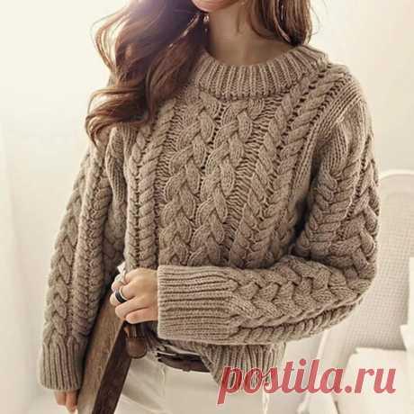 Вязание пуловера спицами с узором из кос