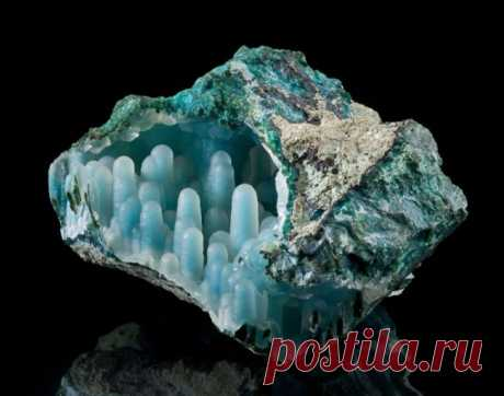 25 самых необычных камней