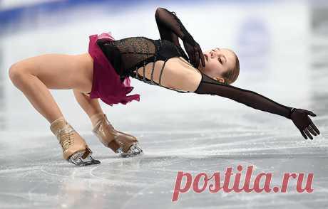 Шэрон Стоун похвалила Трусову за особый трюк. Рассказываем, какая красота есть в фигурном катании кроме прыжков - Stream of Consciousness - Блоги - Sports.ru