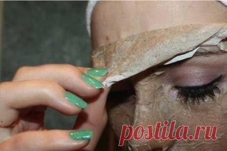 Яичная маска-пленка. Отличная альтернатива очищающим полоскам (фото поэтапно)!  Эта маска - находка для меня. Действует она по принципу очищающих полосок. Очищает от черных точек и сальных пробок. Все ваши черные точки с носа останутся на салфетке. Выравнивает цвет лица, убирает покраснения, делает кожу мягкой.  Для маски нам понадобится (фото 1): Отделитель желтка от белка, 2 миски, ножницы, яйцо (берите самое маленькое, потому что остается много белка и желтка), вилка, с...