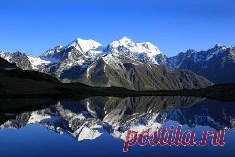 Макушка Сибири: гора Белуха / Туристический спутник