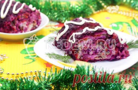 Салат «Изумительный»- Свекла,Морковь,Сыр,Яйца, Чернослив,Куриное филе,Майонез,