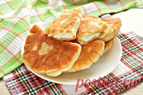 Дрожжевые плюшки с творогом, жареные на сковороде рецепт с фото пошагово Дрожжевые плюшки с творогом, жареные на сковороде - пошаговый кулинарный рецепт приготовления с фото, шаг за шагом.
