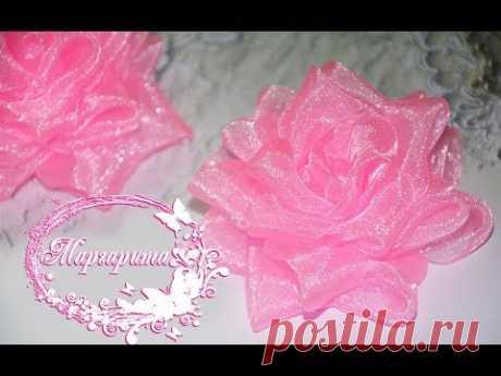 Bienvenido al canal el Mundo de los Buenos Asuntos \ud83c\udf3a Me llamo Margarita. En esto el vídeo la lección mí a usted mostraré, cómo hacer la rosa lujosa pomposa kanzashi de organzy \ud83c\udf39 MI...