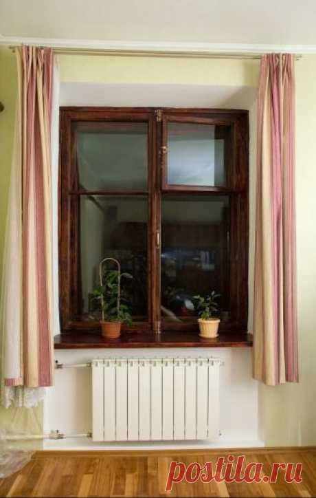 Новая жизнь старых окон — реставрация деревянных рам     Рано или поздно наступает тот момент, когда окна в нашем доме или квартире начинают изнашиваться, что приводит к протеканию воды во время дождя, рассыханию створок и появлению в них трещин и сколо…