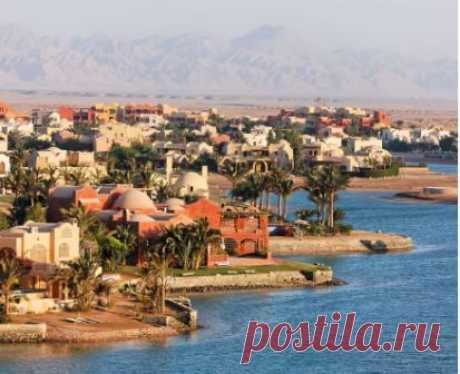 Поезда в Египет на 10 дней, что посмотреть, какие достопримечательности есть в городах Египта, куда съездить, интересные места, курорты, пляжи, отели, экскурсии, туры в Египет.