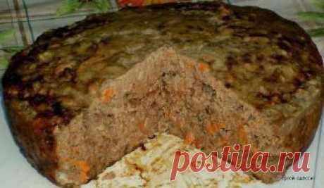 Пирог печеночный  Если ваши дети не в восторге от печени и просто отказываются ее есть, то приготовьте пирог печеночный, от такой вкуснятины они точно не откажутся. А про взрослых и говорить не стоит, такой пирог будут все за обе щеки уплетать все, кто его попробует! Вкусно до безобразия! Ингредиенты:  Печень любая — 500 грамм;  Сало — 100 грамм;  Яйца — 3 штуки;  Масло растительное — 3 столовые ложки;  Картофель — 2 штуки;  Лук — 1 штука;  Морковь — 1 штука;  Манная крупа...