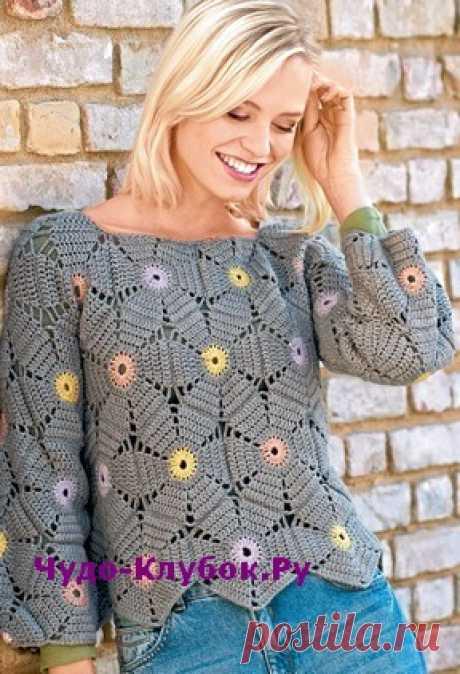 Пуловер с узором в виде крупных цветов вязаный крючком 1847  