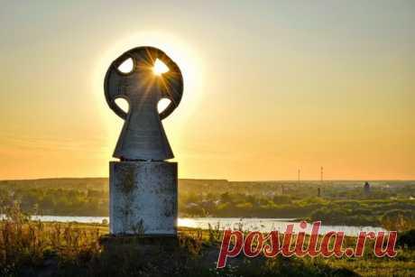 Городище Старая Рязань, также именуемое «Русская Троя» Автор кадра – Павел Демин: Тёплой ночи.