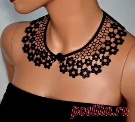 Black Peter Pan Collar, Black Detachable Collar and  button, Cotton, Lace Collar, Lace Necklace, Detachable Collar Necklace, gift for her Detachable collar with button in the front. Black color.  Beautiful light design is ideal addition to any style. Wear it with your summer dress, office shirt or casual cardigan and show off your wild side. This crochet collar is a useful addition to any wardrobe.  This item is perfect gift